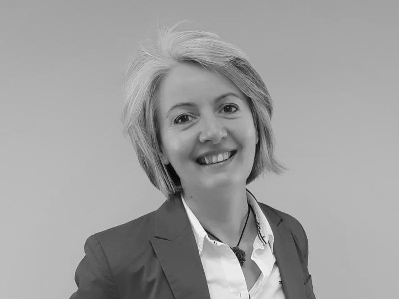 Anne Cossard, chargée d'affaires foncières